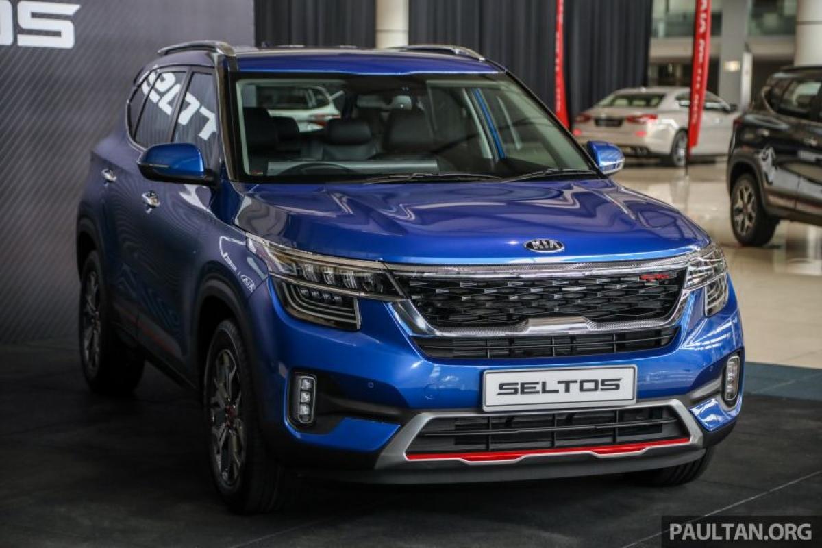 Mức giá chưa được công bố nhưng mẫu SUV hạng B có sẵn với hai phiên bản – nhập khẩu 1.6 EX và 1.6 GT-Line. Mẫu xe này hiện đã mở danh sách đặt hàng trước.