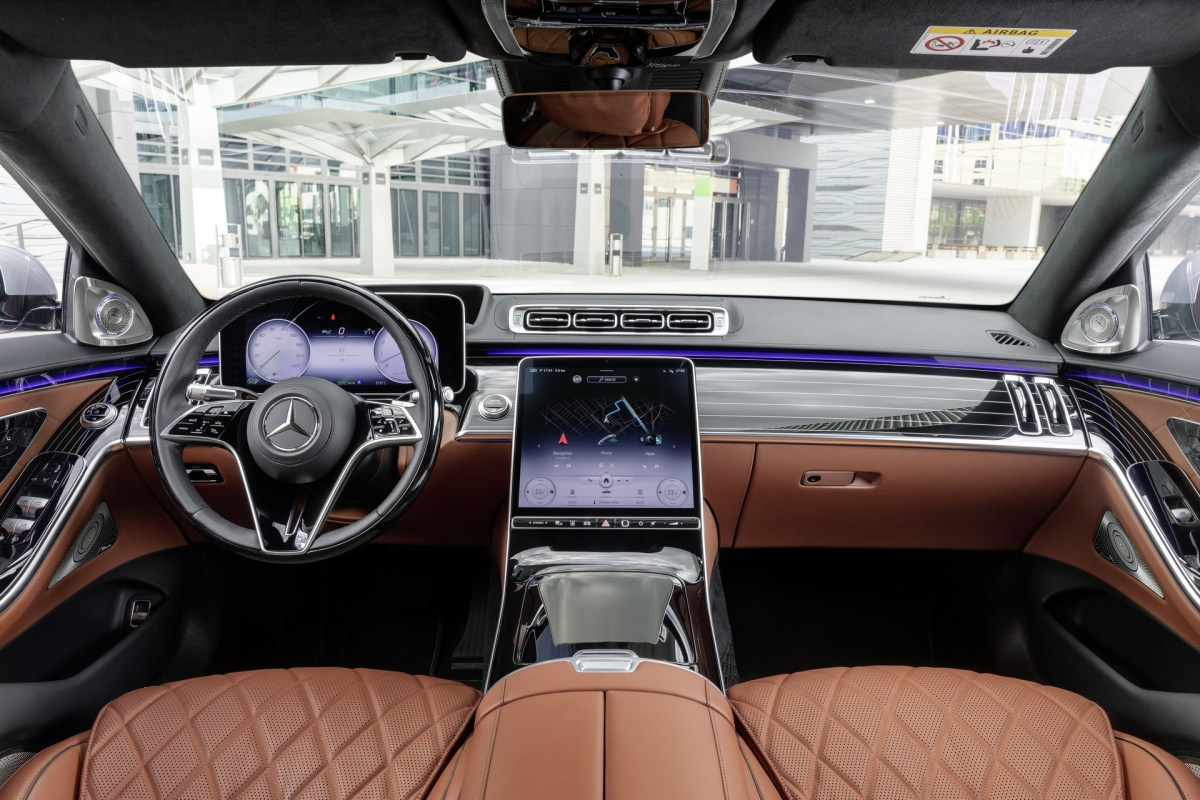 2021-mercedes-s-class-vs-german-rivals-gallery-3.jpg