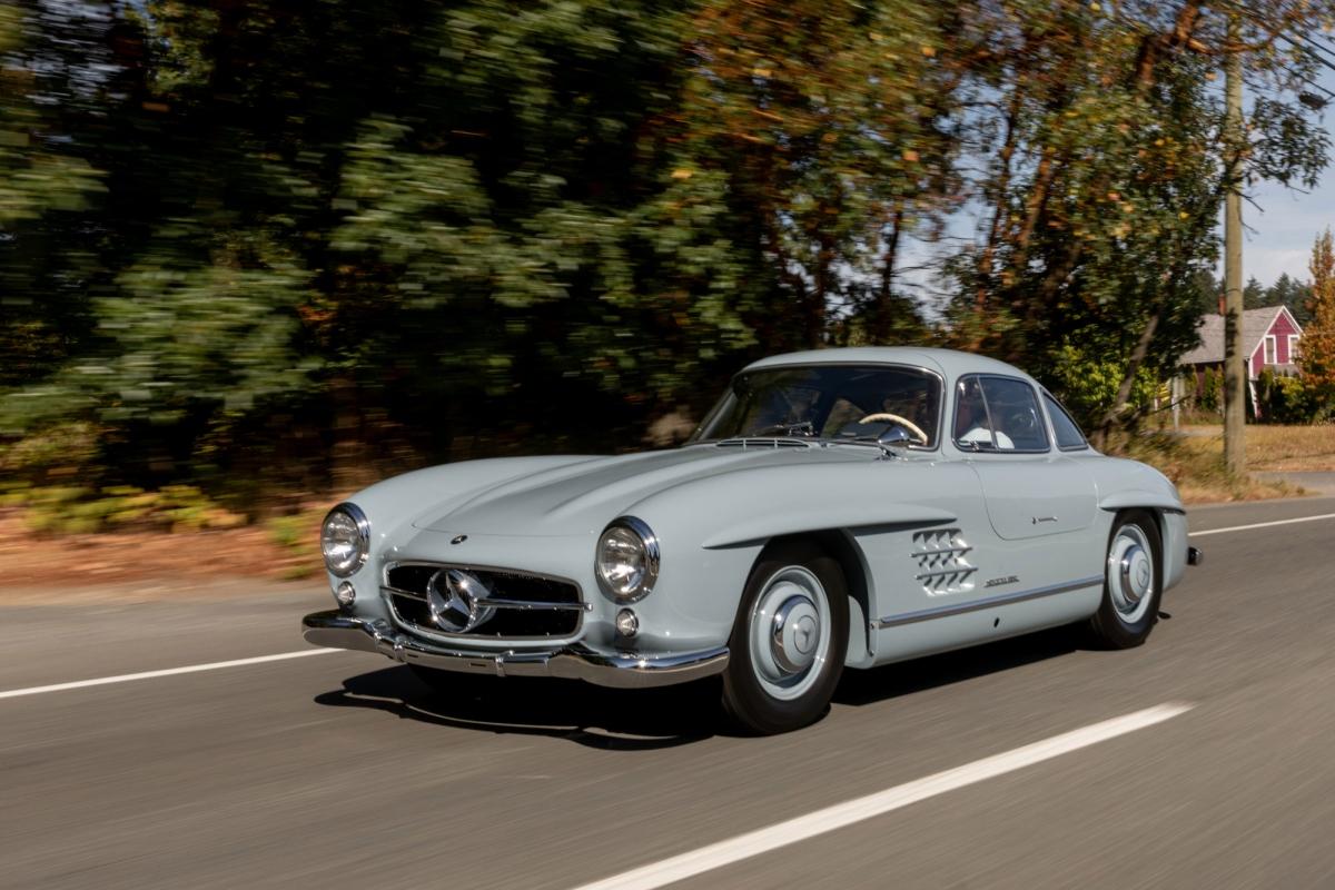Khi nhìn vào Glen March, danh sách kết quả đấu giá gần đây cho phiên bản Mercedes-Benz 300 SL Gullwing với mức giá 1,152 triệu USD (tương đương 26,7 tỷ đồng) là phù hợp với những phiên bản tương đương khác đã được bán.