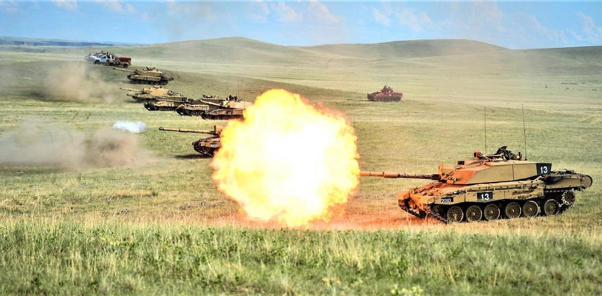 Hiện đang có nhiều ý kiến khác nhau về vai trò của xe tăng trong chiến tranh hiện đại; Nguồn: wikipedia.org