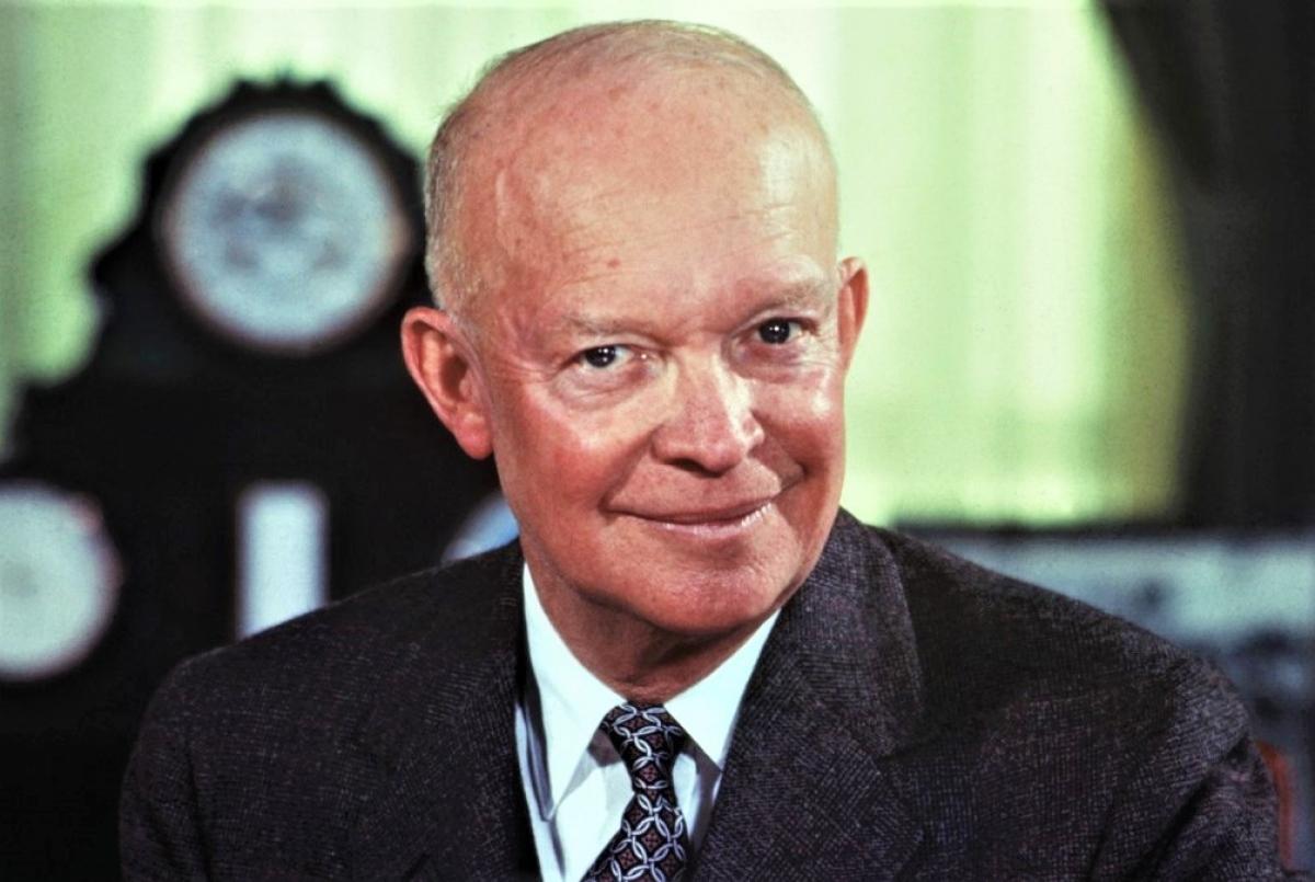 Tổng thống Dwight Eisenhower; Nguồn: history