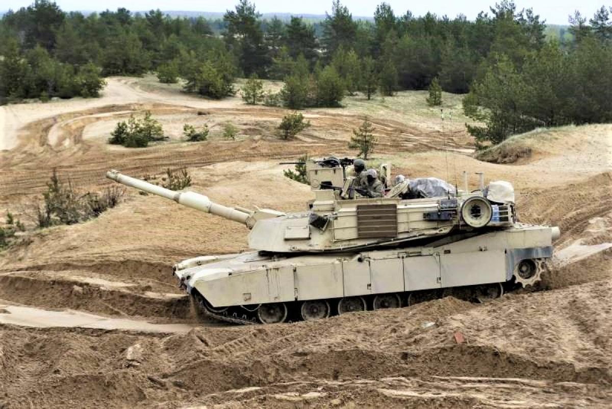 Lực lượng mặt đất lập phòng tuyến dài 1.200 km ngăn Quân đội Nga; Nguồn: topwar.ru