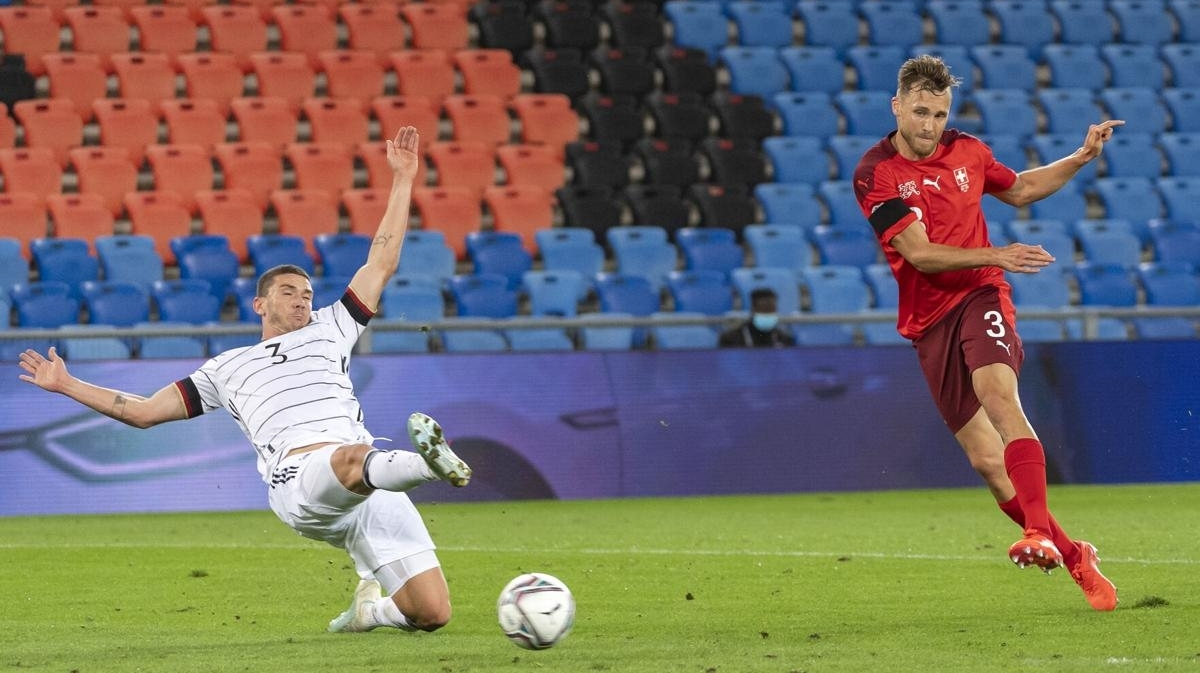 Hậu vệ: Silvan Widmer – Thụy Sỹ - 8,2 điểm