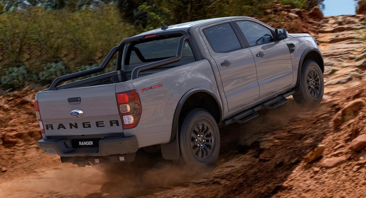 """""""Mục tiêu với hệ thống treo mới của chúng tôi là tăng cường khả năng off-road của mẫu Ranger, và chúng tôi bắt đầu với những điều cơ bản: khả năng di chuyển, theo dõi xe và khả năng giảm xóc"""" - Giám đốc kỹ thuật khung gầm của Ford, Tony Tsiandikos cho biết."""