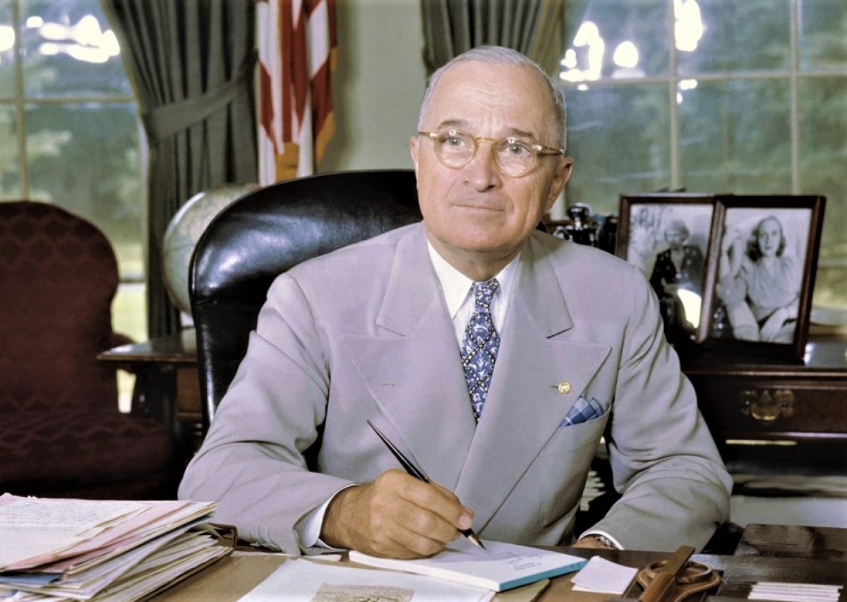 Tổng thống Harry S. Truman; Nguồn: history