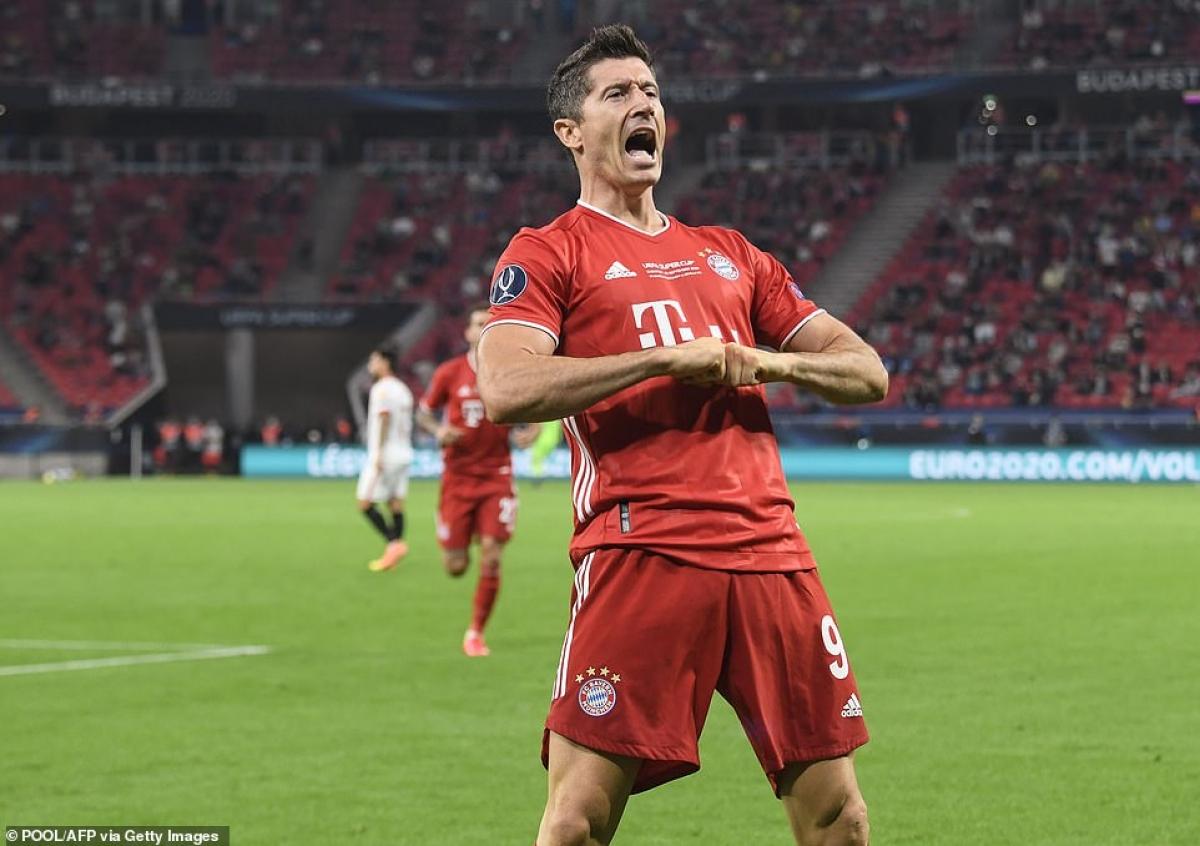 Trong khi đó, Bayern có 2 lần sút tung lưới Sevilla nhưng bàn thắng đều không được trọng tài công nhận.