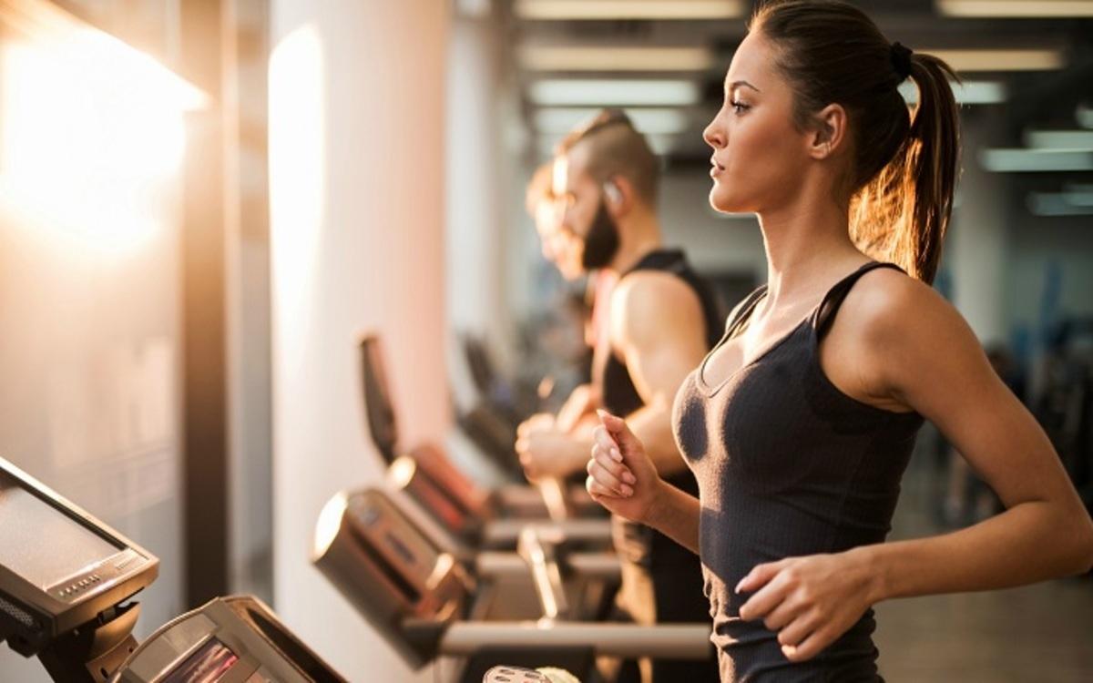 Phát triển thói quen lành mạnh: Kết hợp tập luyện, giữ chế độ ngủ, nghỉ khoa học... cũng góp phần giúp giảm cân./.