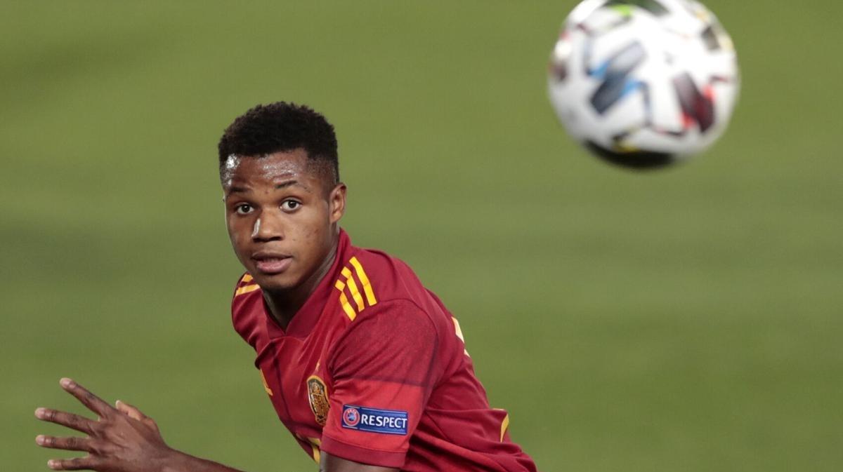 Tiền vệ: Ansu Fati – Tây Ban Nha - 8,9 điểm