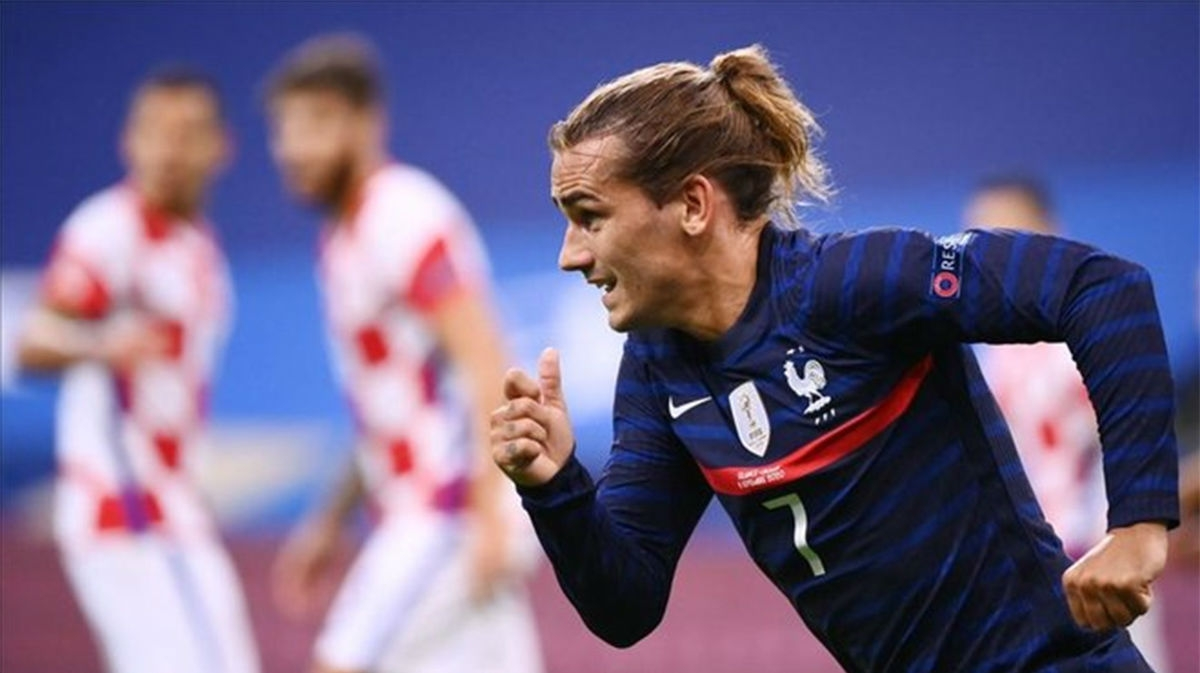 Tiền vệ: Antoine Griezmann – Pháp - 8,7 điểm