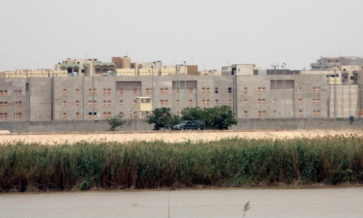 Khu vực tòa Đại sứ quán Mỹ ở Iraq. Ảnh: AP