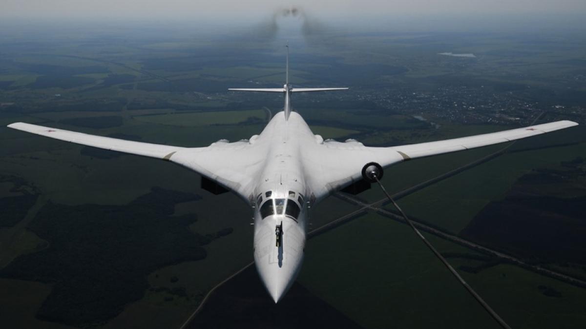 Máy bay ném bom chiến lược của Nga Tu-160. Ảnh: Sputnik