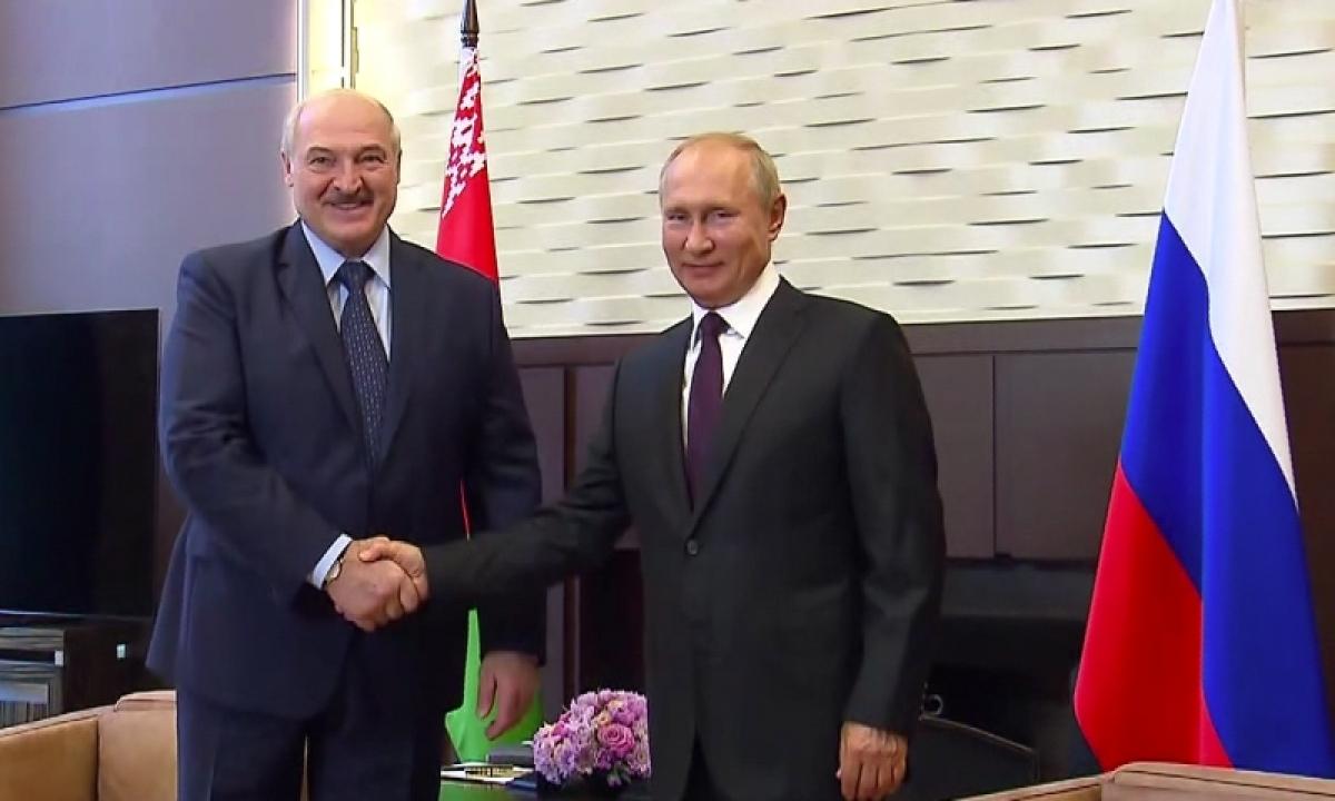 Tổng thống Nga Vladimir Putin và Tổng thống Belarus Alexander Lukashenko (Ảnh: Kremlin.ru)