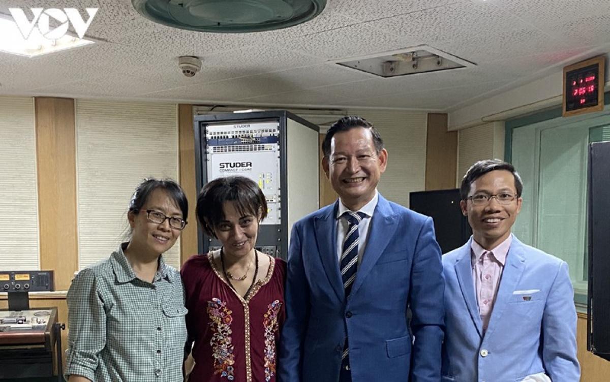 Việt Nam và Ai Cập cùng bước phát triển thịnh vượng là mong muốn của Đại sứ Trần Thành Công trong chương trình phát thanh đặc biệt trên Đài phát thanh quốc gia Ai Cập.
