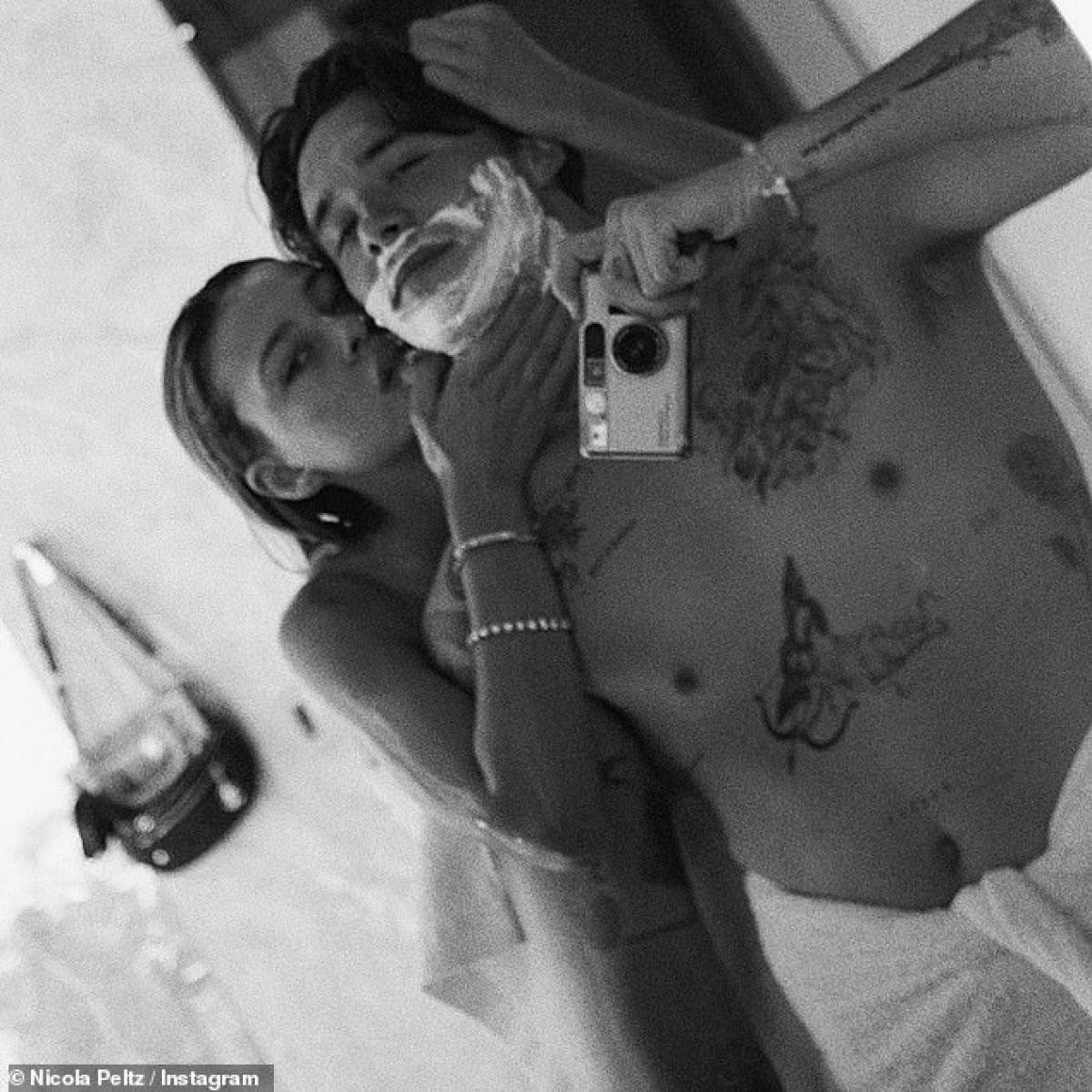 Brooklyn Beckham và Nicola Peltz được cho là đã bí mật kết hôn.