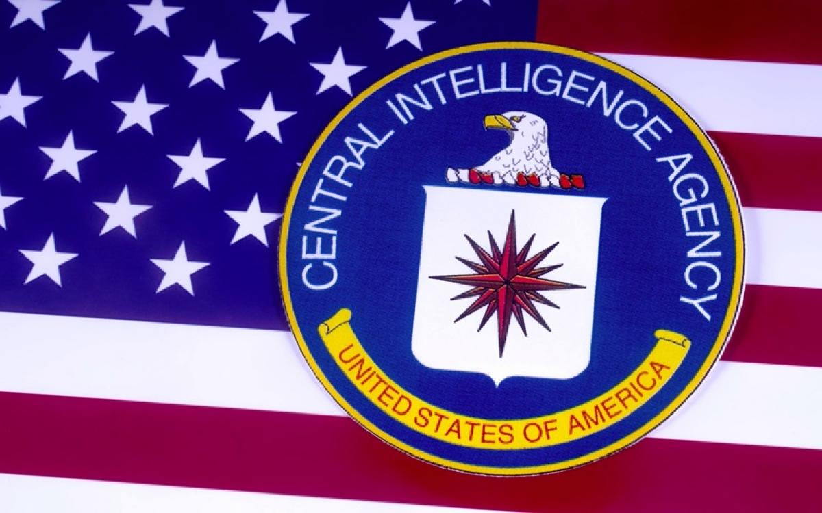 Biểu tượng của CIA trên nền quốc kỳ Mỹ. Ảnh: PR Daily.