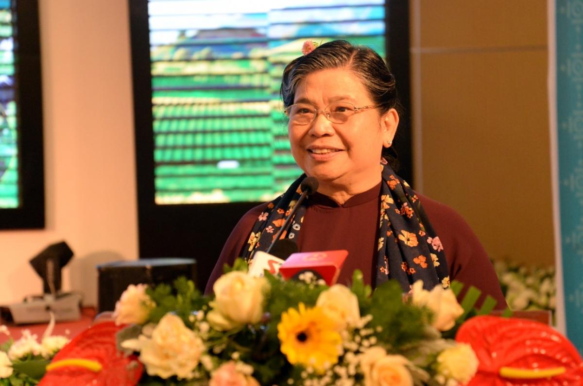 Phó Chủ tịch Quốc hội Tòng Thị Phóng và các đại biểu thống nhất cao với các đánh giá về thực trạng phát triển nguồn nhân lực chất lượng cao vùng đồng bào dân tộc thiểu số và miền núi.