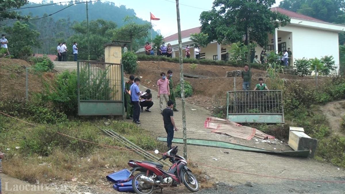 Cơ quan chức năng khám nghiệm hiện trường vụ tai nạn. (Ảnh: LCTV)
