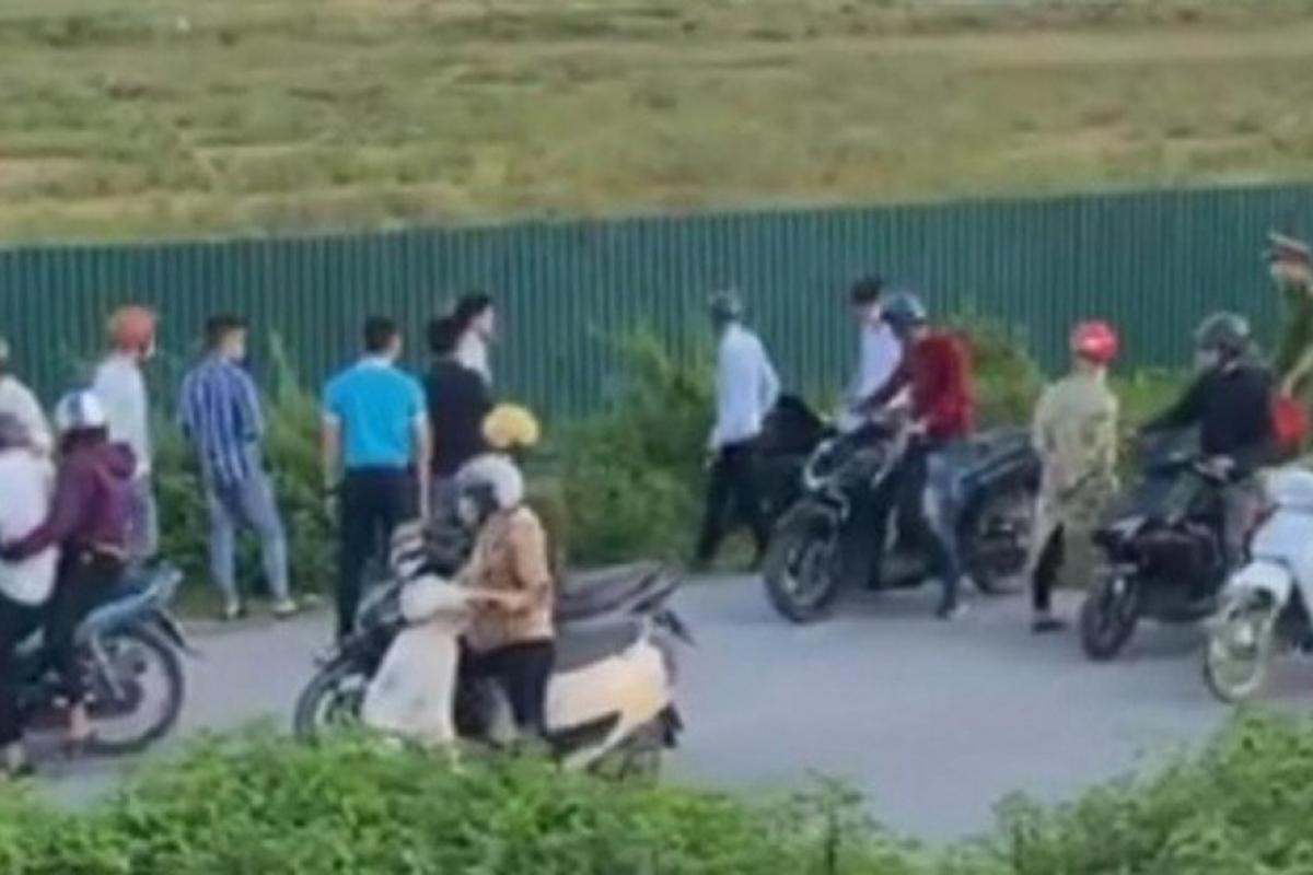Hiện trường vụ chống người thi hành công vụ tại Bắc Giang.