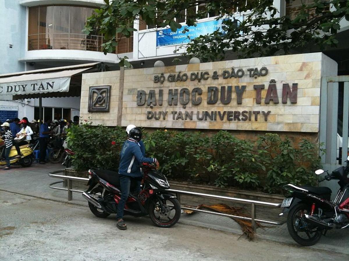 Xử phạt 2 cán bộ Đại học Duy Tân viết thư nặc danh bôi xấu các trường đại học khác