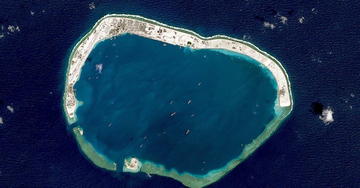 Đá Vành Khăn thuộc quần đảo Trường Sa của Việt Nam bị Trung Quốc bồi đắp trái phép thành đảo nhân tạo. Ảnh: Gettty.