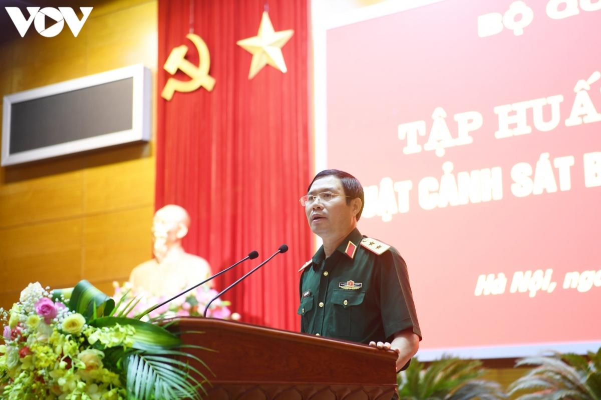 Thứ trưởng Bộ Quốc phòng - Trung tướng Nguyễn Tân Cương phát biểu khai mạc Hội nghị. (Ảnh: Trọng Phú)