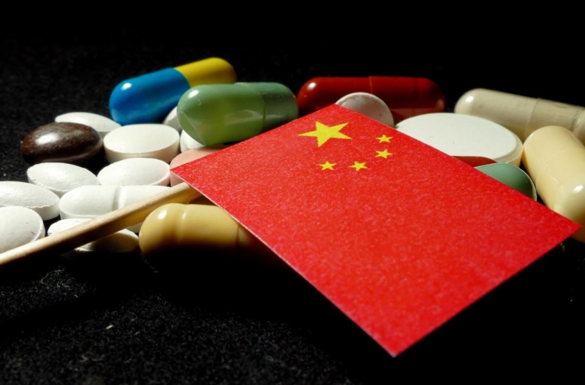 Mỹ đang phụ thuộc vào nguồn dược phẩm nhập khẩu từ Trung Quốc do việc bố trí sản xuất ra nước ngoài những năm 1990.
