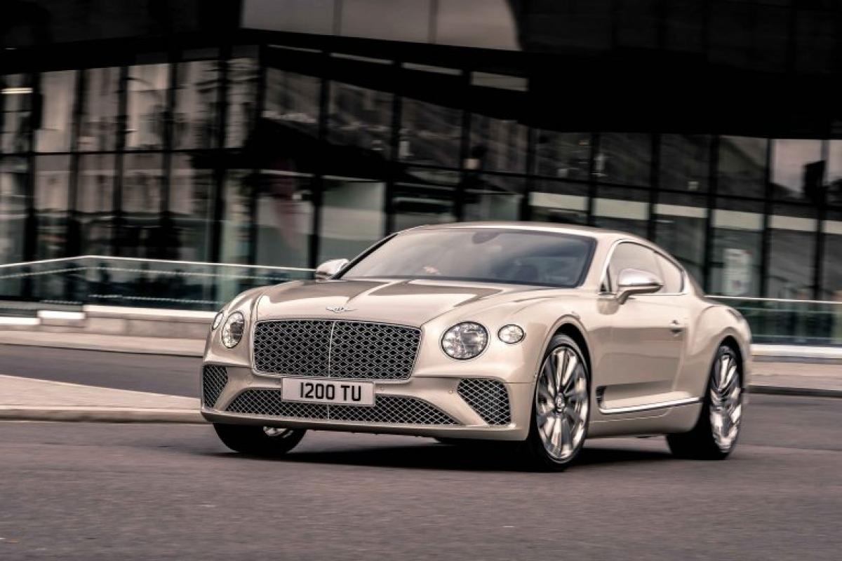 Phiên bản đặc biệt này sẽ được ra mắt chính thức tại sự kiện Salon Privé sẽ được diễn ra vào ngày 22/9 tới đây tại Blenheim Palace, Anh Quốc. Trong sự kiện này, Continental GT Mulliner sẽ được trưng bày cạnh mẫu xe giới hạn đình đám của hãng Bentley Mulliner Bacalar.