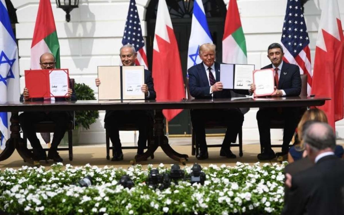Thủ tướng Israel ký thỏa thuận hòa bình đồng thời với UAE và Bahrain. Ảnh: AFP.