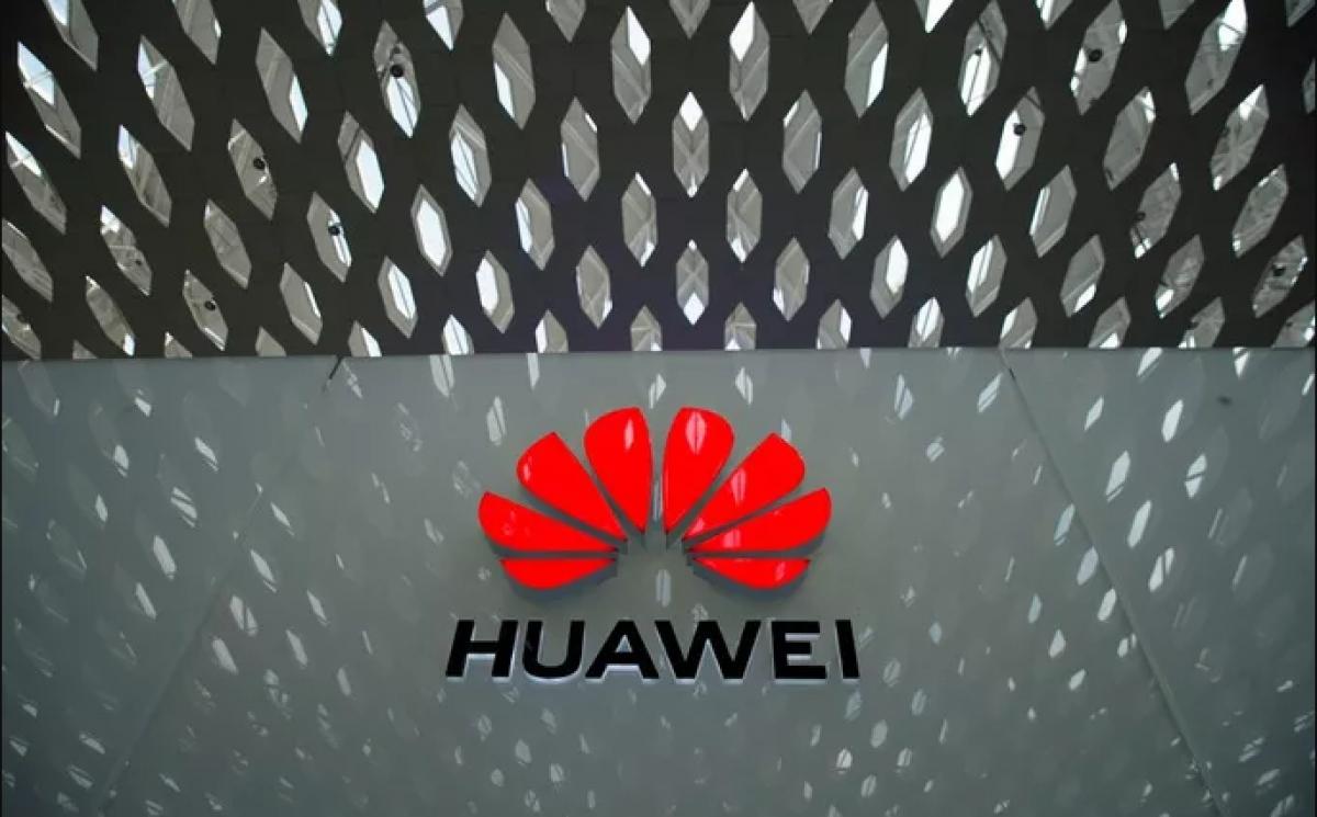 Ngành sản xuất smartphone của Huawei đứng trước nguy cơ bị tê liệt vì lệnh cấm của Mỹ. (Ảnh: Reuters)