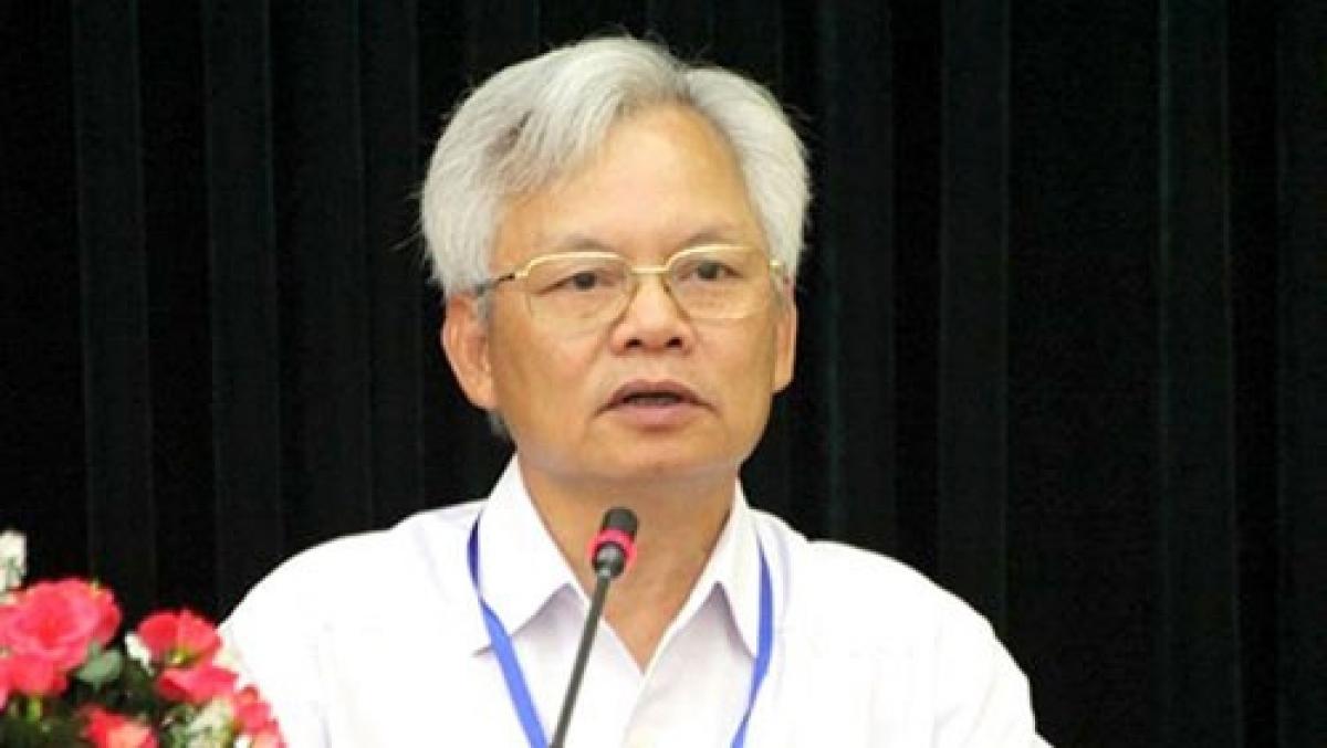 GS.TS Tạ Ngọc Tấn.