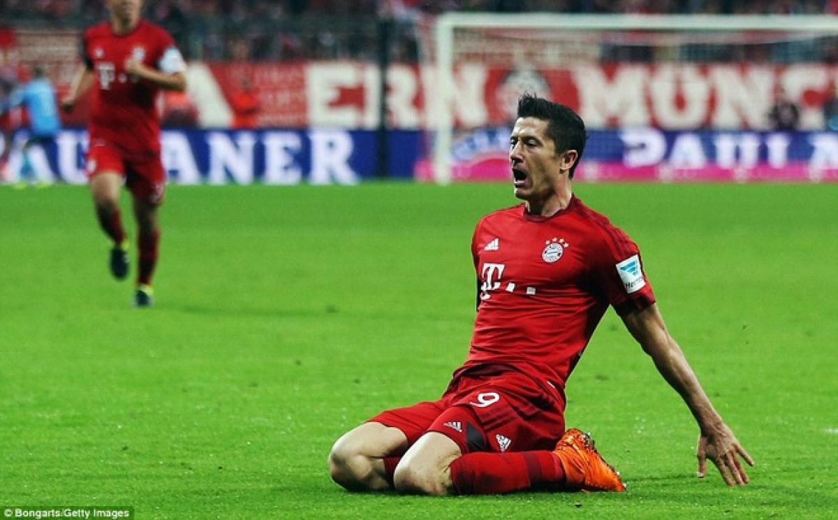 Lewandowski ghi 5 bàn trong 9 phút ở trận đấu cách đây 5 năm. (Ảnh: Getty).