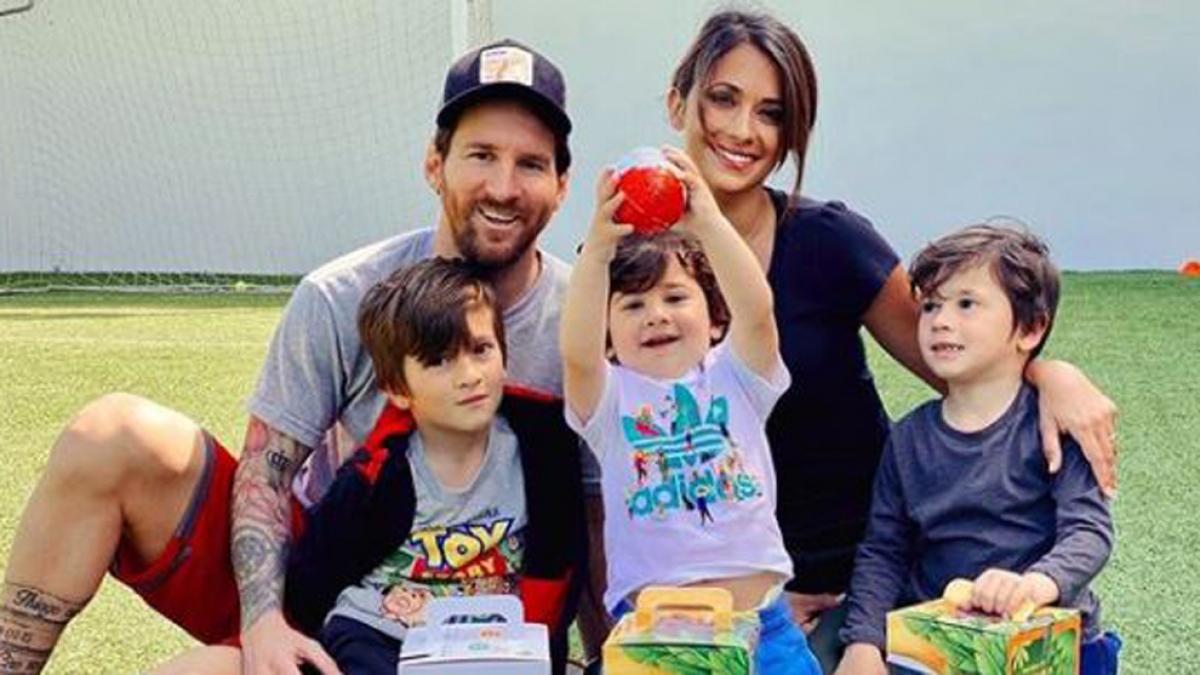 Gia đình Messi. (Ảnh: Marca)