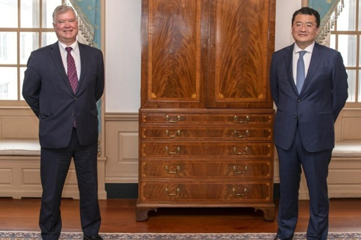 Thứ trưởng Ngoại giao Mỹ Biegun và Thứ trưởng Ngoại giao Hàn Quốc Choi Jong-gon. Ảnh: Yonhap