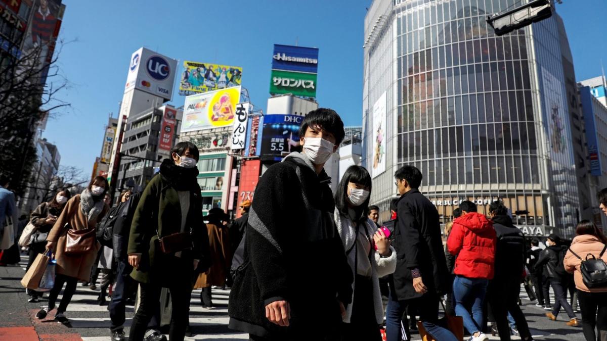 Abenomics đã tạo ra sự tăng trưởng và tránh đẩy kinh tế Nhật Bản vào viễn cảnh xấu nhất. (Ảnh minh họa: Reuters)