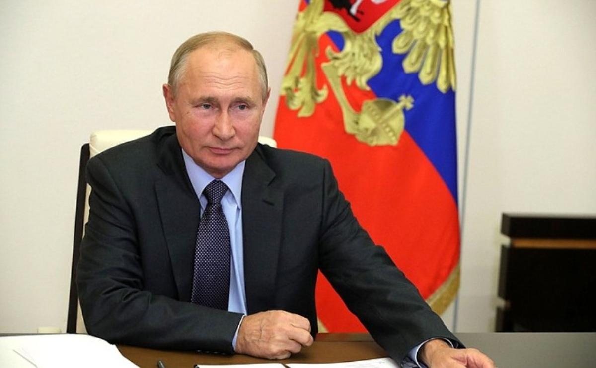 Tổng thống Nga V.Putin phát biểu tại cuộc họp về các vấn đề kinh tế.