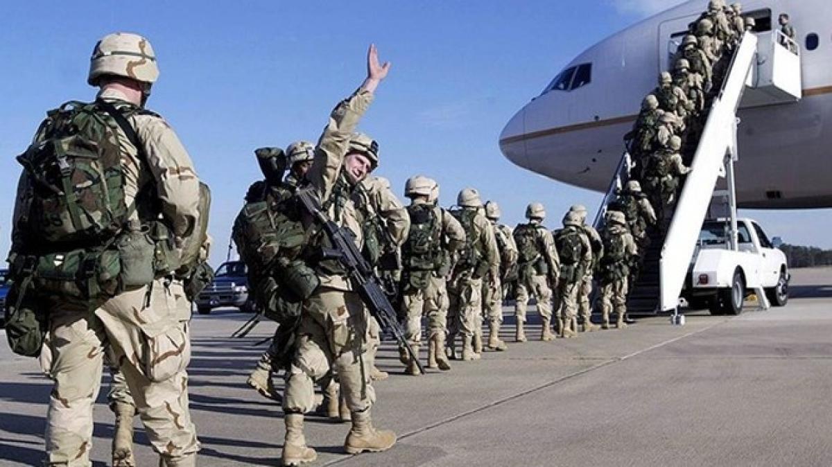 Binh sỹ Mỹ rút khỏi Afghanistan. (Ảnh minh họa. Nguồn: Iran Press)