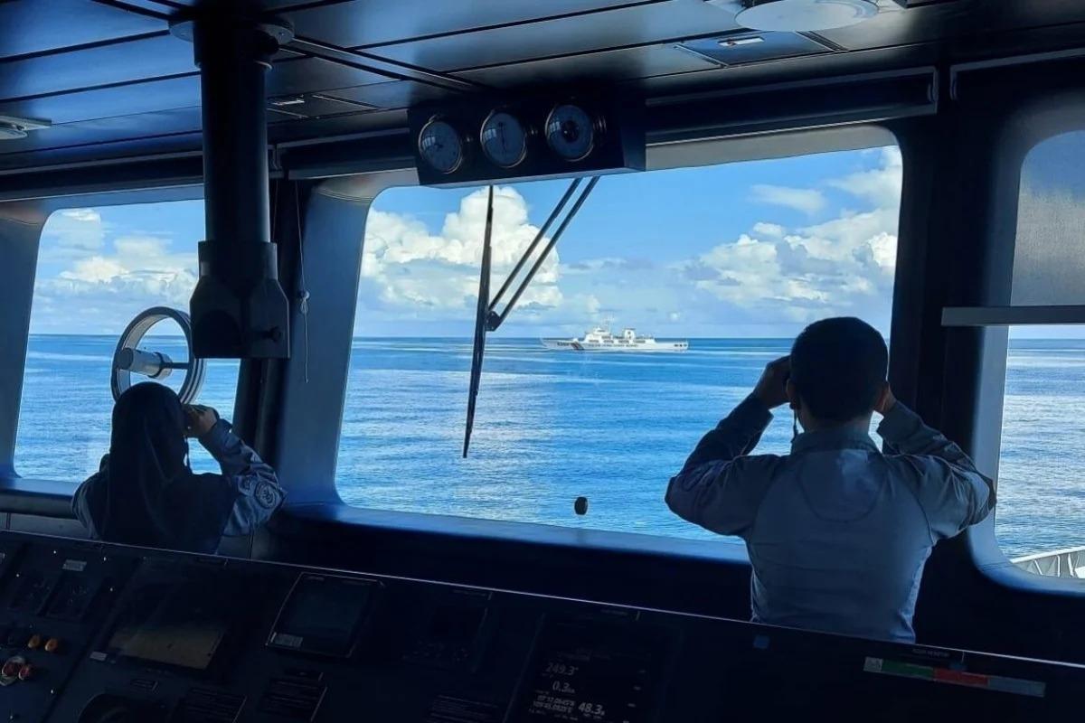 Indonesia trục xuất tàu cảnh sát biển Trung Quốc ra khỏi vùng EEZ (Nguồn: Jernih.com)