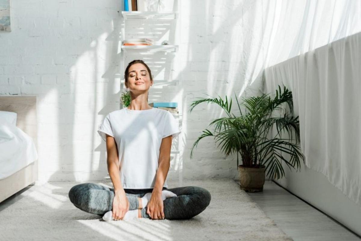Tầm quan trọng của tư thế đúng: Giữ tư thế đứng và ngồi đúng giúp duy trì mối liên kết giữa cơ và xương, cho phép chúng giữ thăng bằng cho cơ thể. Tư thế đúng còn giúp giảm nguy cơ mắc các vấn đề về cơ và xương như viêm khớp, lão hóa cơ và chấn thương.
