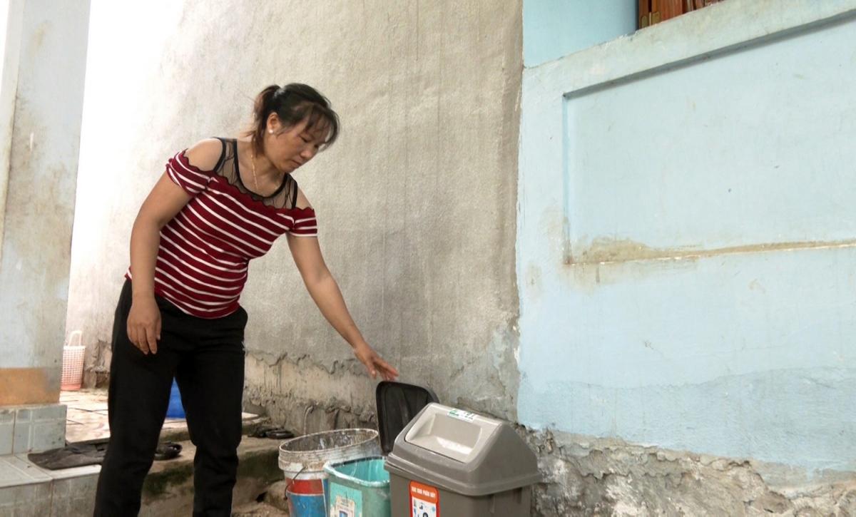Người dân Lý Sơn rất tích cực tham gia phân loại rác thải tại nguồn.