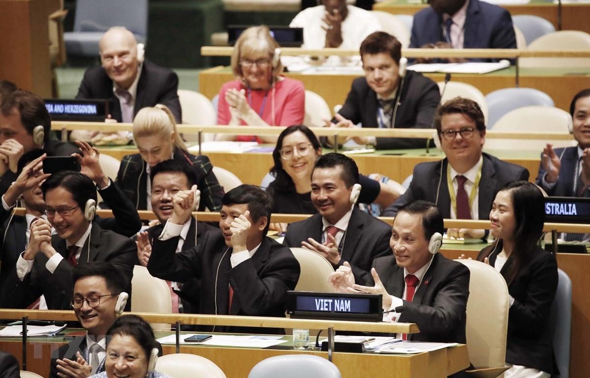 Tối 7/6/2019 (giờ Việt Nam), Chủ tịch Đại hội đồng LHQ đã công bố Việt Nam chính thức trở thành ủy viên không thường trực Hội đồng Bảo an LHQ nhiệm kỳ 2020-2021. (Ảnh: TTXVN)