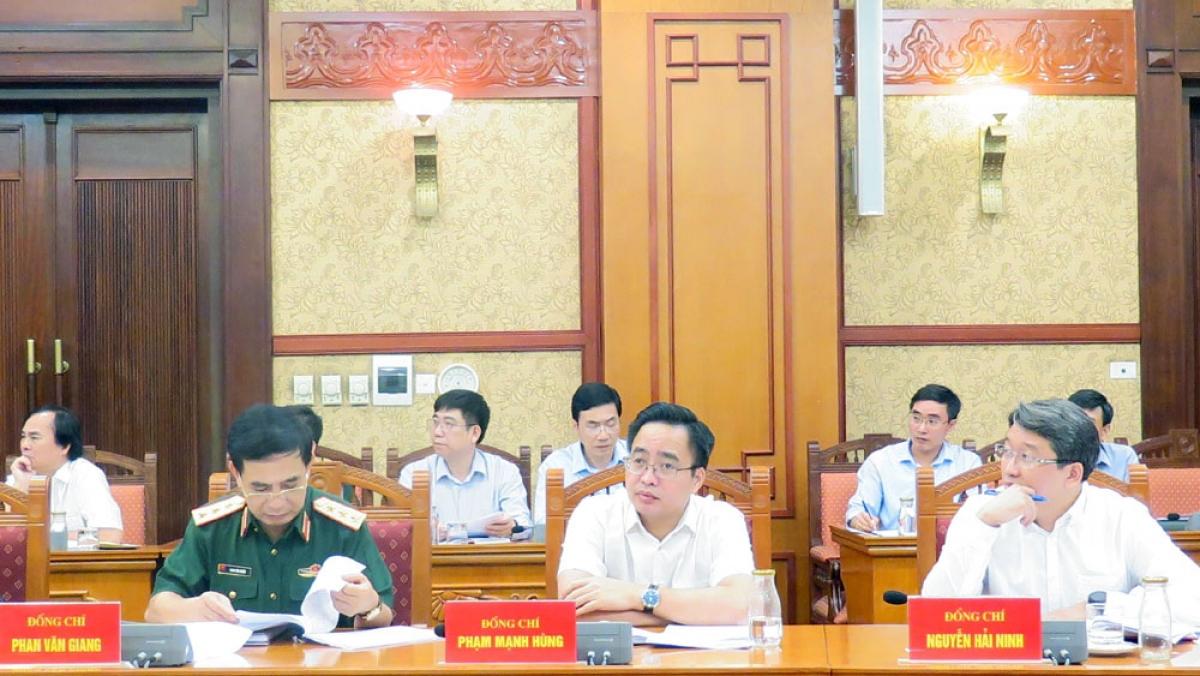 Các đại biểu tham dự phiên họp