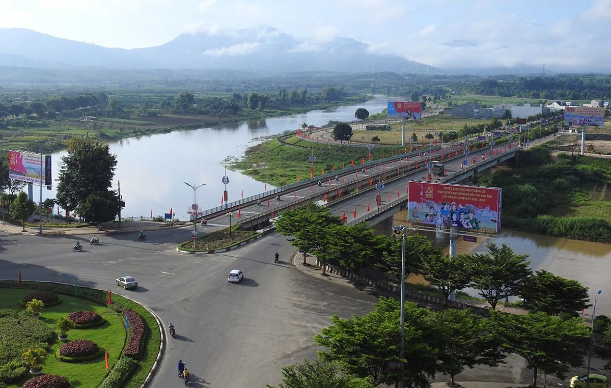 Đại hội đại biểu Đảng bộ tỉnh Kon Tum lần thứ XVI, nhiệm kỳ 2020-2025 được tổ chức từ ngày 22 - 25/9. Đây là tỉnh đầu tiên ở khu vực Tây Nguyên tổ chức Đại hội.