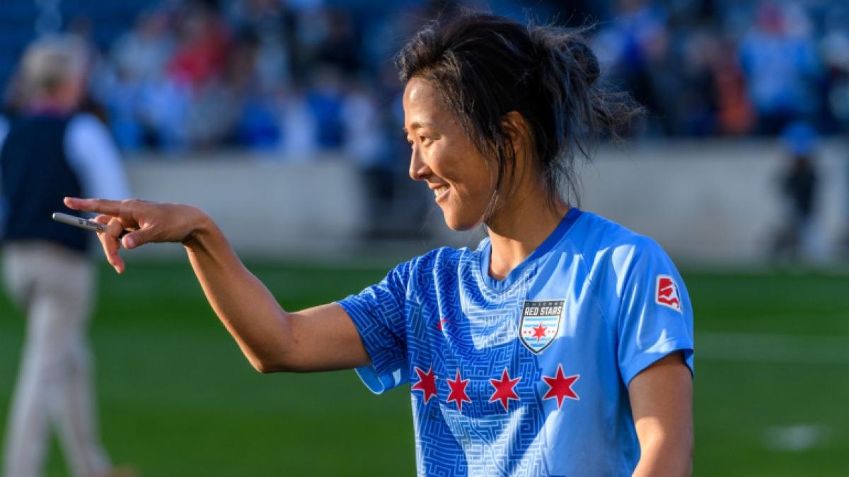 Nagasato sẽ là cầu thủ nữ đầu tiên của Nhật Bản thi đấu cho một CLB nam. (Ảnh: Getty).