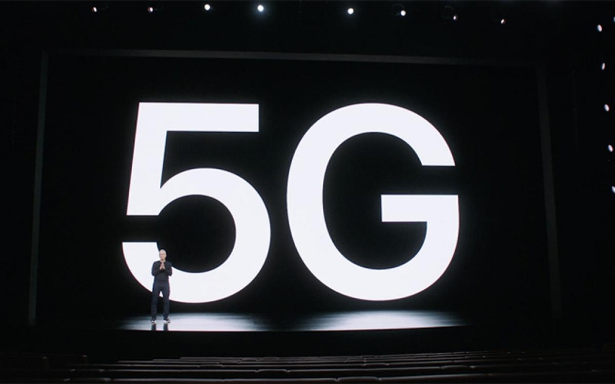 iPhone 12 hỗ trợ công nghệ 5G và được trang bị kết nối mmWave tốc độ nhanh nhất hiện nay.