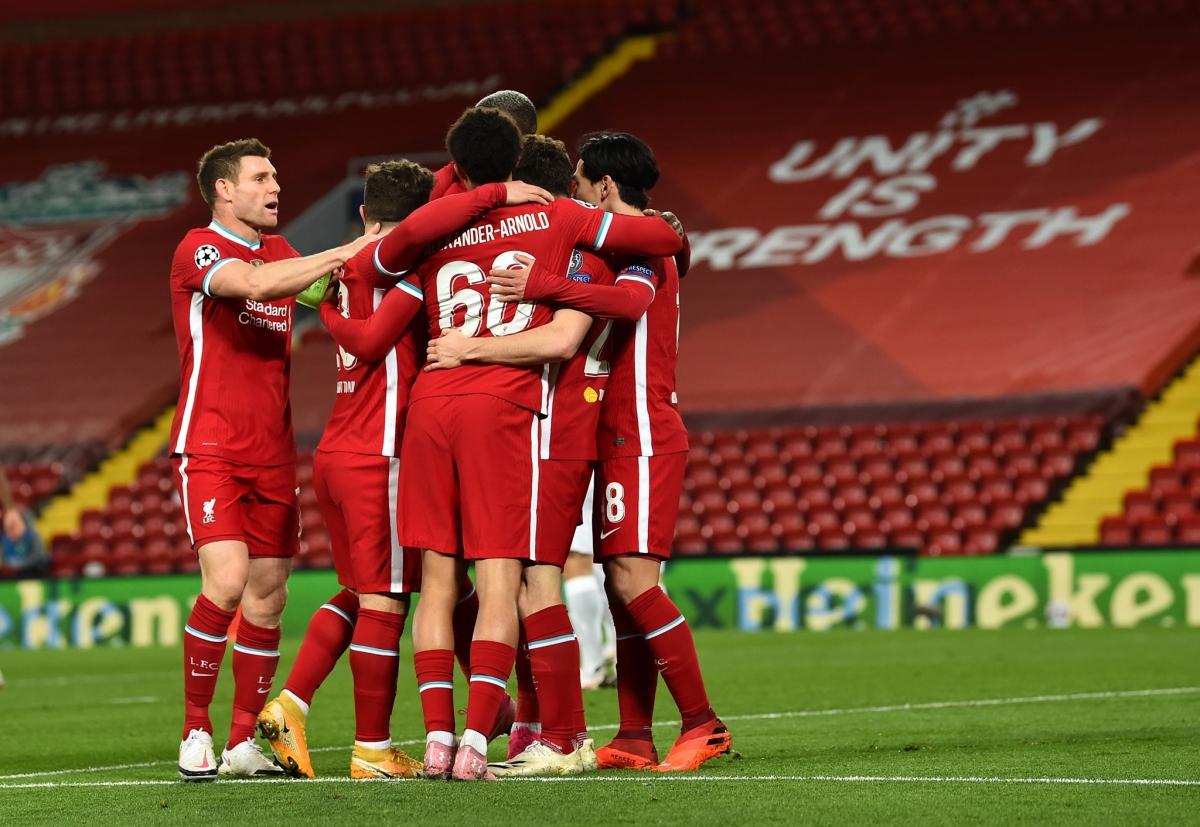 Liverpool giành chiến thắng 2-0 trước Midtjylland để đứng đầu bảng D.