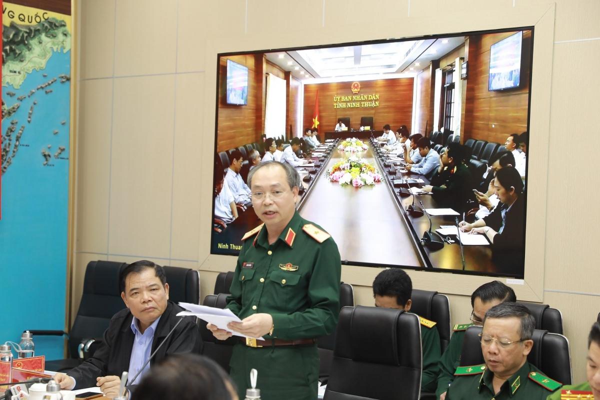 Thiếu tướng Doãn Thái Đức – Chánh Văn phòng Ủy ban Quốc gia Ứng phó với Sự cố thiên tai và tìm kiếm cứu nạn.
