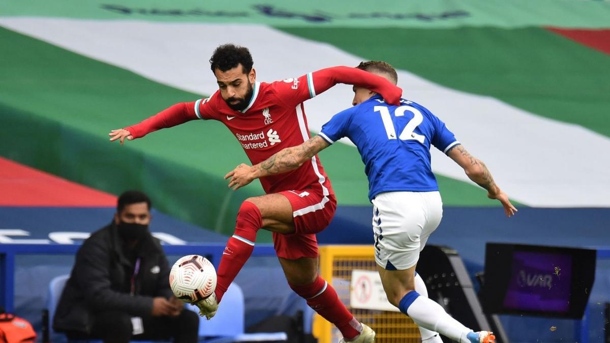 Salah gần như mất hút sau giờ nghỉ. (Ảnh: Getty)