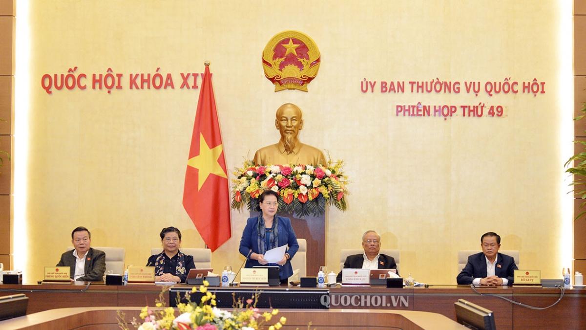 Chủ tịch Quốc hội Nguyễn Thị Kim Ngân phát biểu bế mạc phiên họp. (ảnh: Quochoi.vn)