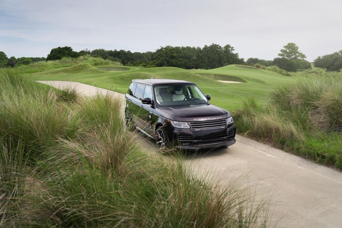 Trong khi hãng đang ấp ủ một mẫu xe hoàn toàn mới hứa hẹn sẽ còn sang trọng hơn nữa, Overfinch đã hé lộ phiên bản Sandringham Edition mới dựa trên chiếc Range Rover Autobiography trục cơ sở dài.