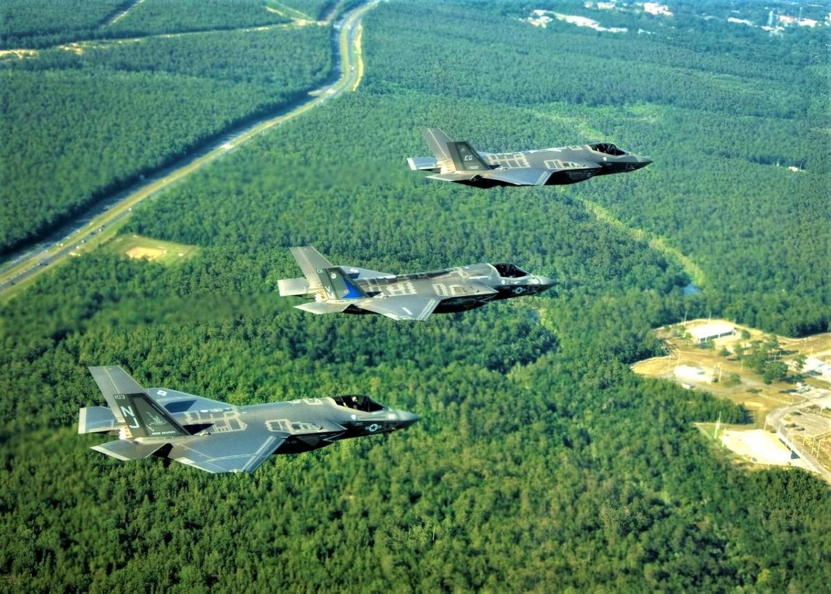 Mặc dù bị rất nhiều lỗi, F-35 vẫn được tung hô là máy bay tốt nhất thế giới; Nguồn: wikipedia.org